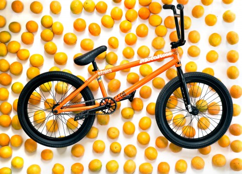 aaron_bike_check_oranges-1
